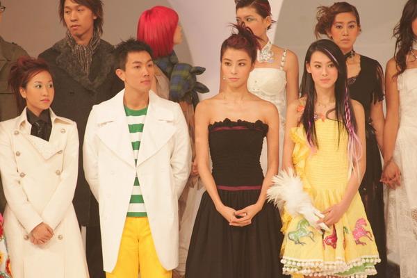 组图:TVB十大劲歌金曲颁奖礼众星上台亮相