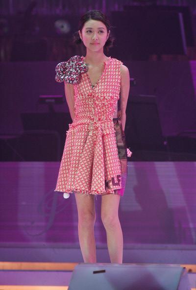 组图:薛凯琪现场演唱《奇洛李维斯回信》