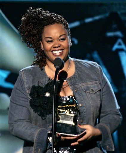 图文:JillScott获得最佳城市/另类歌手奖