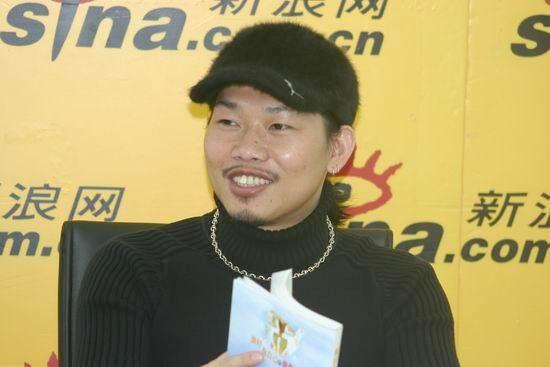 图文:知名作词人方文山作客新浪聊新书(3)