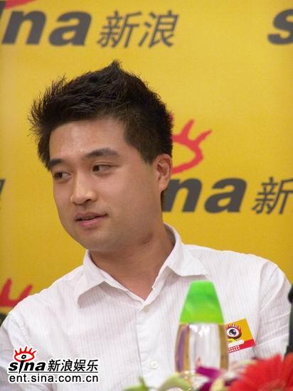 图文:著名小提琴家刘扬谈爱琴田纳特夫人