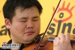 小提琴家李传韵及母亲新浪聊神童成长之路(实录)
