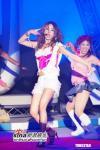组图:蔡依林为开车违规道歉在舞台上演变装秀