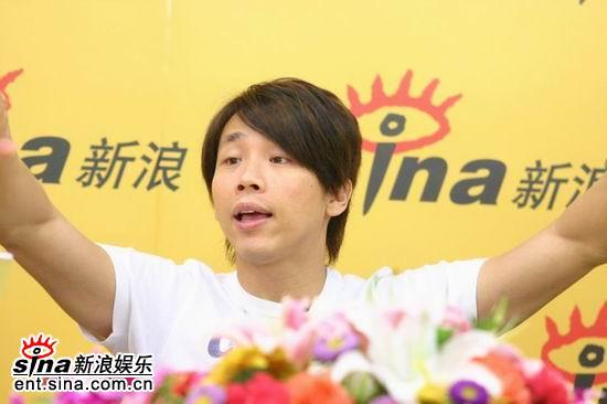 图文:台湾歌手陶�葱吕肆谋本┭莩�会-指挥家