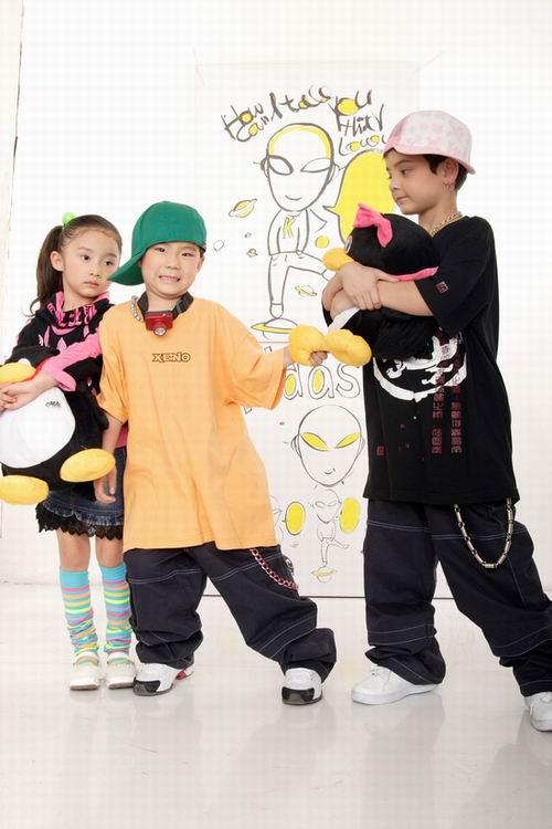 国内首支儿童偶像乐团KK首张唱片闪亮登场(图)