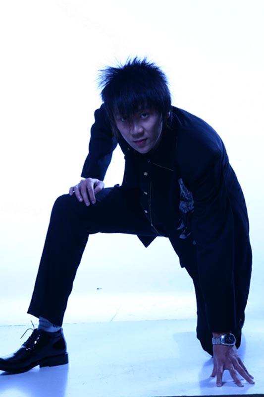 资料图片:网络音乐精英大赛报名选手-安涛(1)