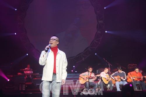 资料图片:《同一首歌》走进加拿大--李春波