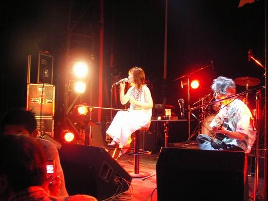 日本歌手藤田惠美上海宣传新专辑《甘菊》(图)