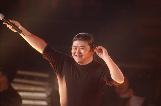 六月欢歌荣耀上海刘欢上海演唱会六月举行