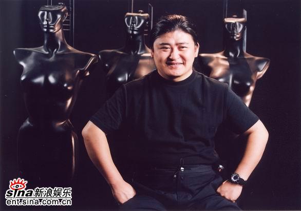 资料图片:歌手刘欢精彩写真(15)