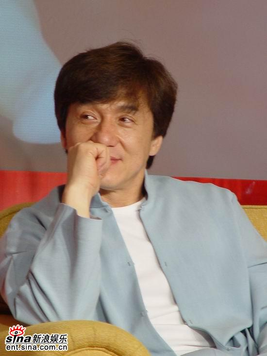 成龙高圆圆出席《宝贝计划》歌曲首发仪式(图)