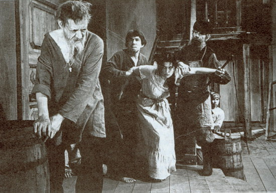 关于歌剧《姆岑斯克县的麦克白夫人》
