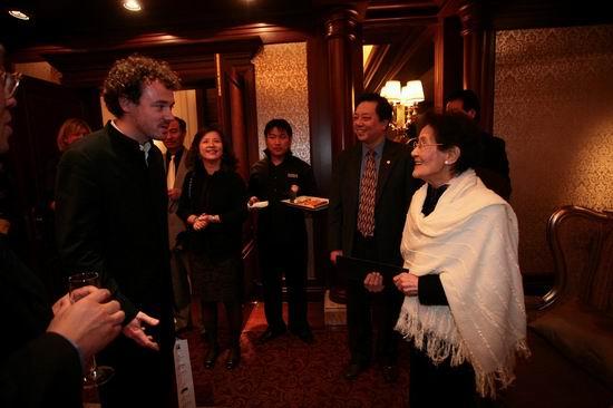 法奥斯蒂纳托管弦乐团献演上海国际艺术节(图)