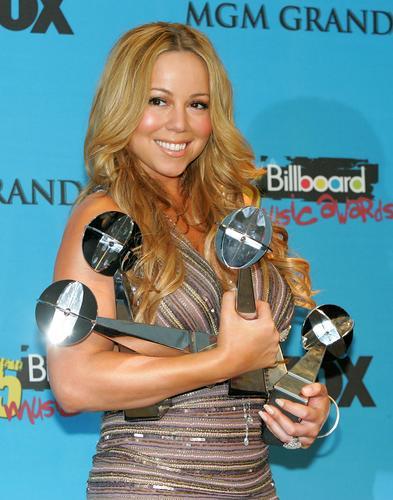珍妮-杰克逊等将出席2006美国公告牌音乐颁奖礼