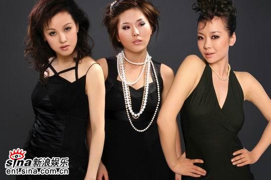 """资料图片:""""电影之歌""""演唱会艺人--亚洲女人"""