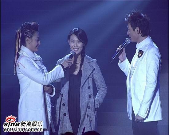 资料图片:电影之歌群星演唱会火爆现场(1)