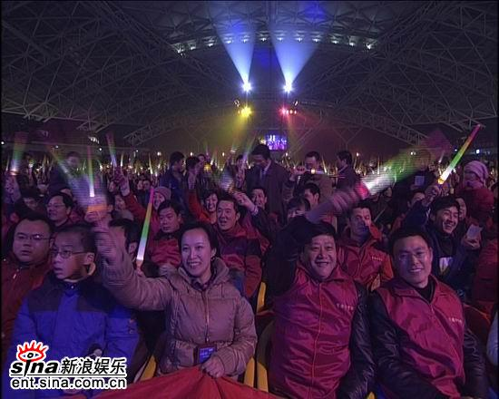 资料图片:电影之歌群星演唱会火爆现场(11)