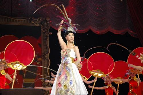 祖海表演《我家在中国》