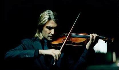 天才小提琴家David现身香港 乐迷排队签名