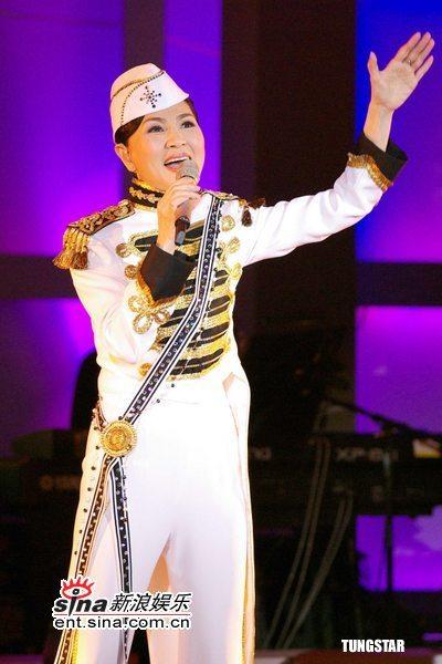 帽子天后凤飞飞07世界巡回演唱会台湾开唱(图)