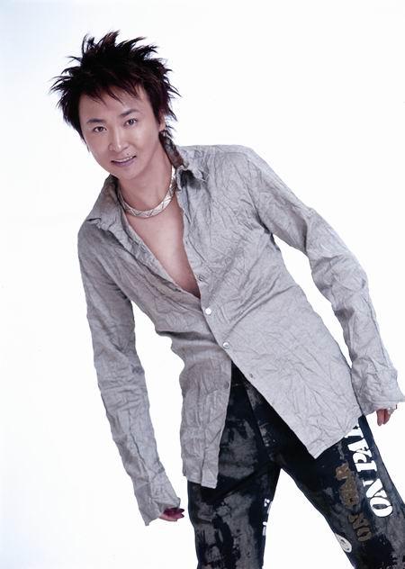 新浪娱乐独家连线谢东多年好友冯晓泉谈涉毒案