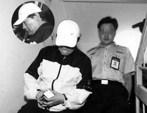 谢东受审承认吸毒已2年头发微秃有毒瘾症状