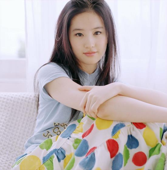 内地年度新女声刘亦菲开始《放飞美丽》(图)
