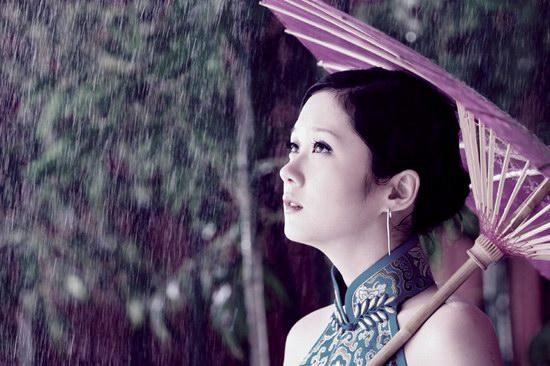 张扬联手打造张娜拉打造《全世界下雨》MV(图)