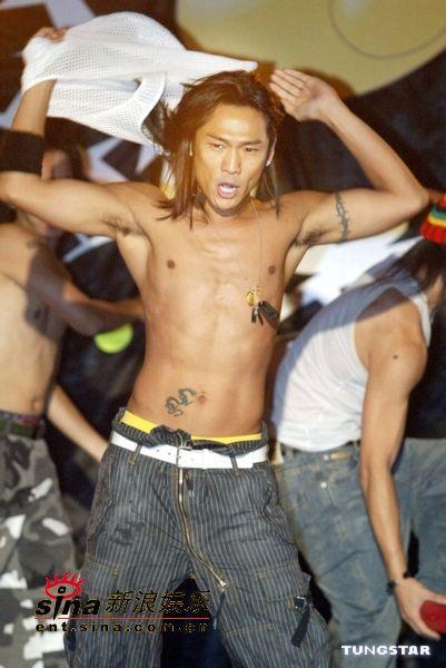 台湾评选令人想吐十大歌曲杜德伟《脱掉》夺冠
