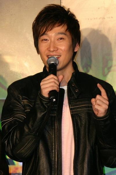 图文:百事风云榜颁奖礼启动张娜拉孙楠捧场(23)