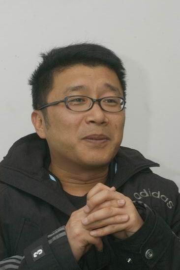 专访歌手庞龙:看淡名利我是一条清醒的龙(图)