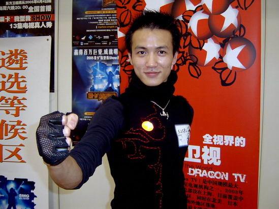 组图:我型我SHOW上海赛区广西帅哥连战两日