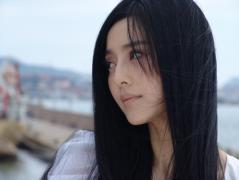 10月28日最美女星:范冰冰宛若水鸟自由轻灵