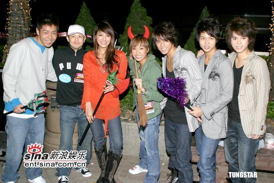 组图:薛凯琪方大同等出席《热火乐团音乐会》