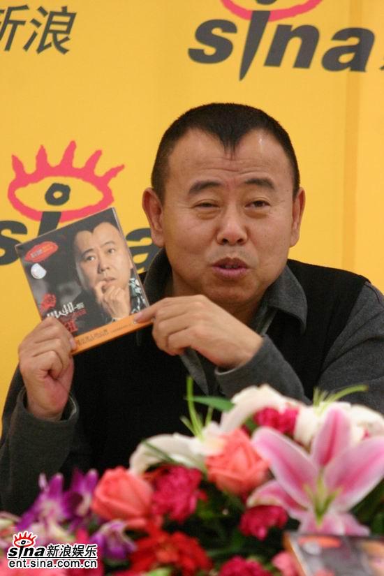 图文:笑星潘长江表示新专辑也是最后一张
