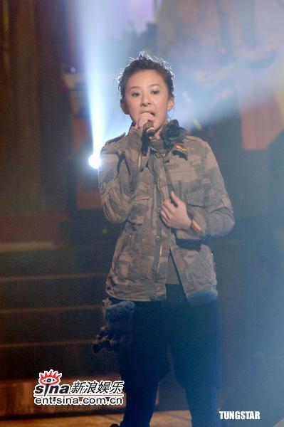组图:林忆莲薛凯琪等TVB录节目现场热歌劲舞