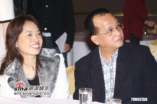 组图:蔡依林可爱造型亮相与陈泽杉再度合作