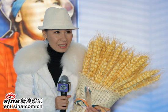 组图:黄小琥北京三碟连发林志炫纪敏佳祝贺