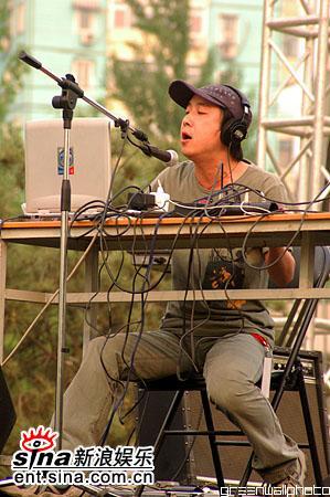 图文:2006迷笛音乐节第三天-实验舞台颜峻