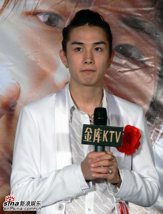 图文:韩国组合TAKE北京歌友会--李承铉