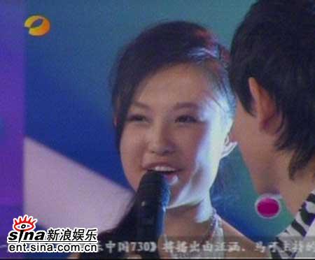 图文:2006超女长沙赛区总决赛--选手张美娜