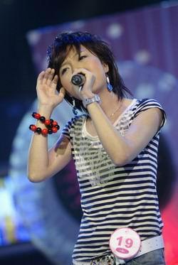 图文:杭州20进10-朱雅琼演唱原创歌曲《过》