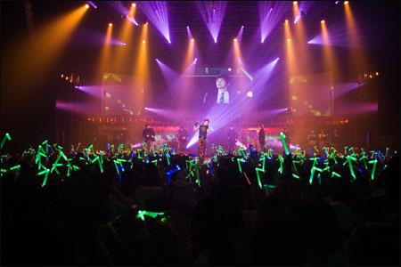 组图:Se7en演唱会劲爆开场被歌迷感动落泪