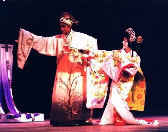 组图:第六届为中国喝彩--中日友好之夜歌舞晚会