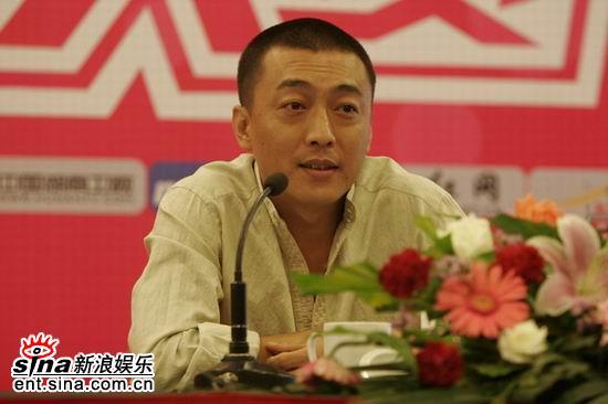 图文:超女总决赛发布会揭疑团-天娱董事长王鹏