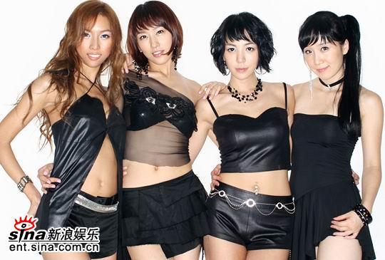 组图:TAKE队员张成宰为性感女生组合LPG作曲