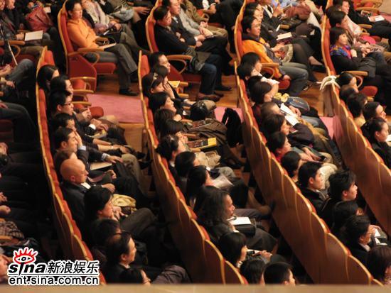 图文:王健牵手BBC交响乐团演出-座无虚席
