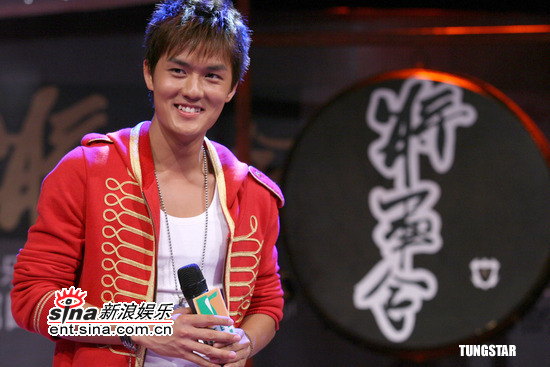 组图:吴克群北京宣传新碟《将军令》再掀狂潮