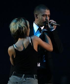 组图:MTV欧洲音乐奖开颁贾斯汀问鼎两项大奖