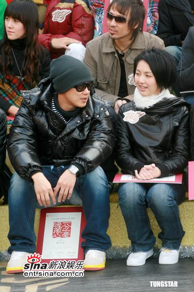 组图:陈奕迅等出席劲歌金曲颁奖典礼记者会